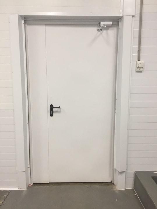 Двустворчатая Техническая дверь.